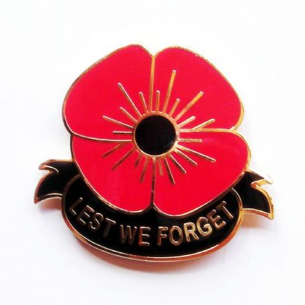 Poppy Lapel Badge - Lest We Forget